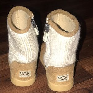 Ugg toddler boots size 8